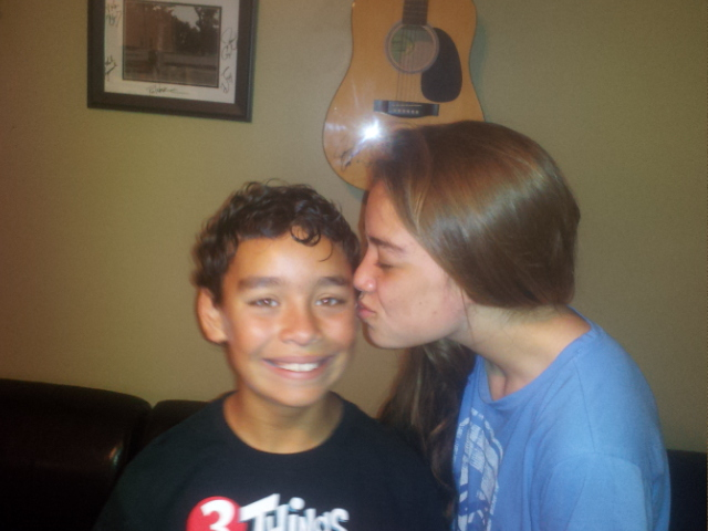 Natalie REALLY did not want to kiss her brother. #ewwwwwww